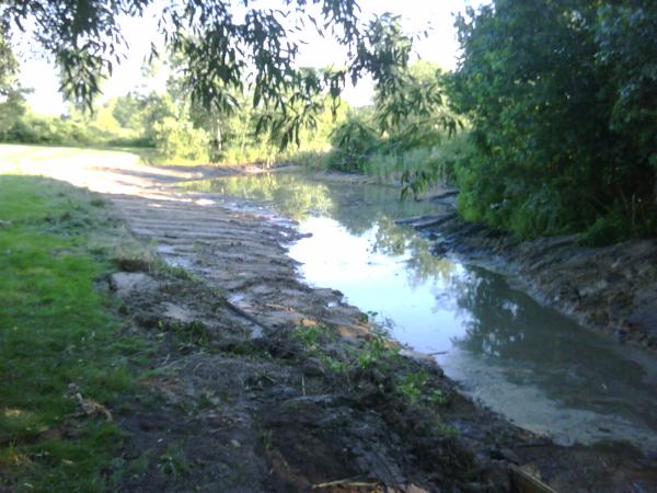 saline N retention pond maintenance (15) resized 600