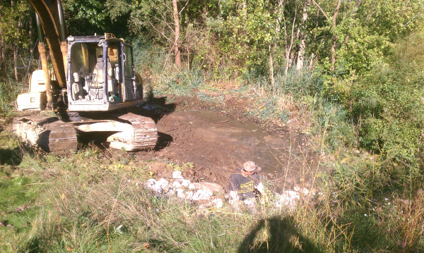 ( 2013 N Barton Hills) Michigan pond repair Dexter (12) resized 600