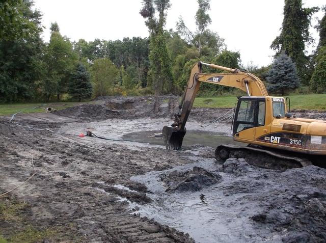 pond excavating G.R. MI (Williamston clean out) (45).jpg
