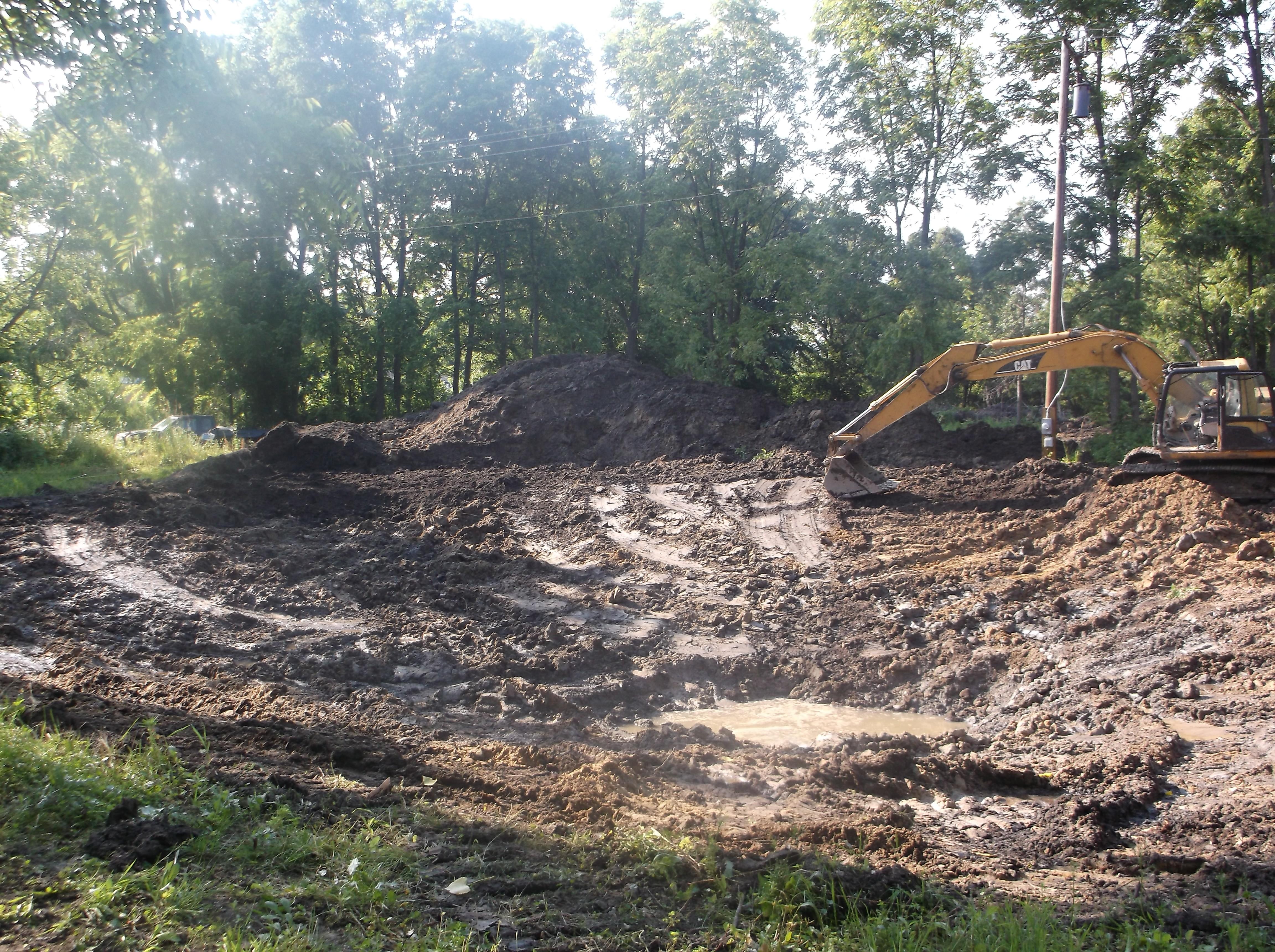 Brownstown, New pond dig (43).jpg