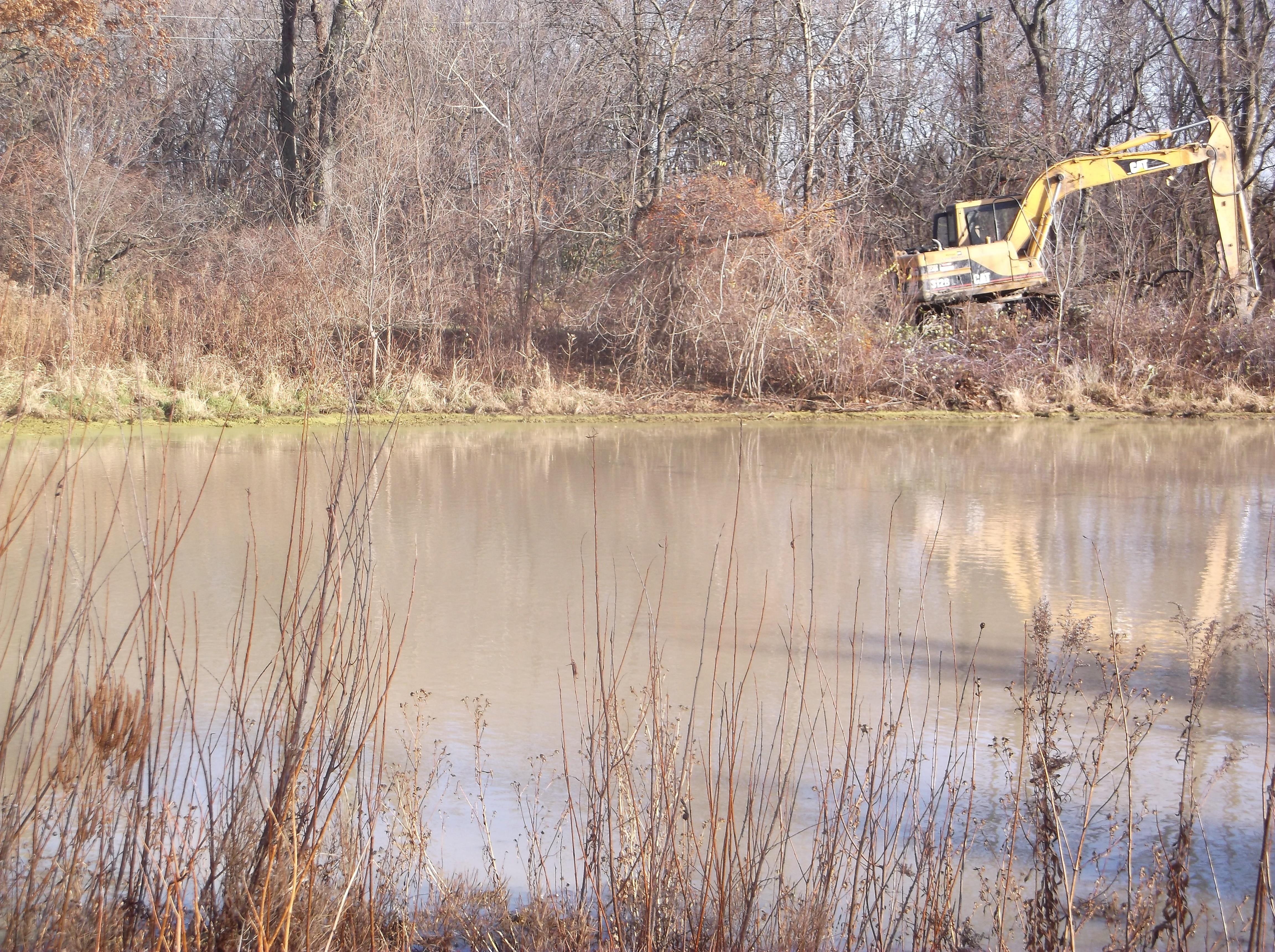 Dave HOA pond berm leak fix (12).jpg
