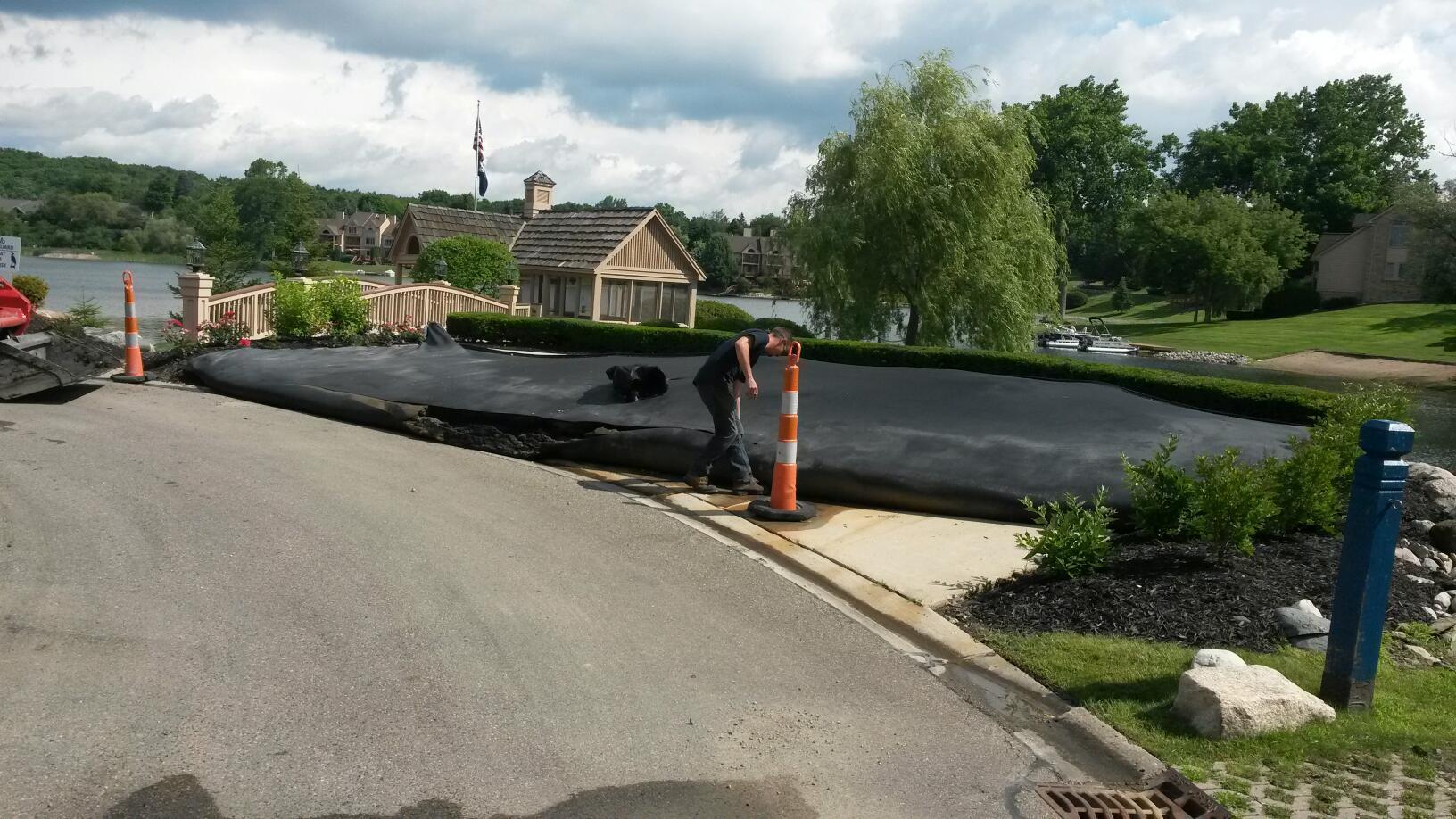 Michigan_hydraulic_dredging_Northville_MI__28.jpg